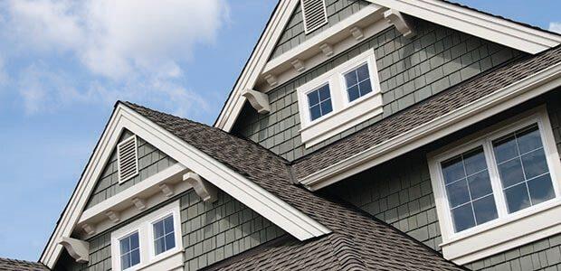 casa com modelo de tipo de telhado sobreposto